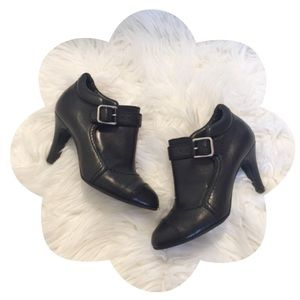 ✨🖤 CHANEL 🖤✨               Buckle Ankle Booties